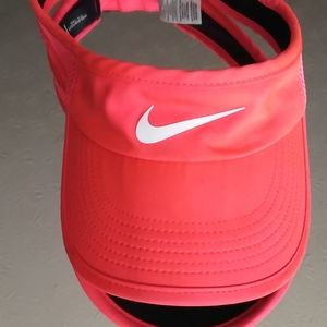 Excellent Condition Nike Visor!